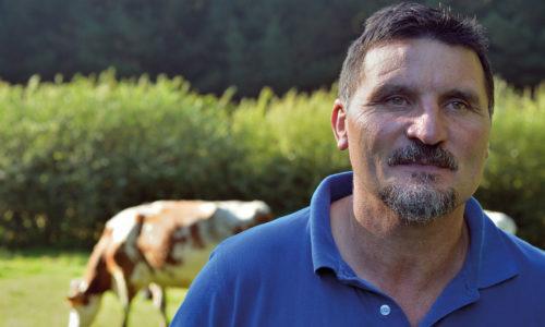 «El objetivo de los controladores es mejorar la cabaña y las granjas» <br><small>Rafael Méndez Guerra | Presidente de AFRICOR Pontevedra</small>